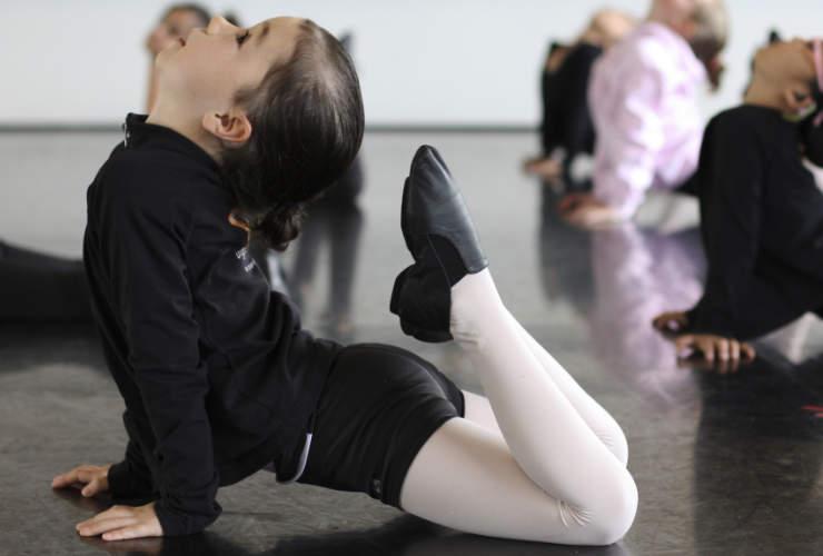 defy-gravity-dance-amethyst